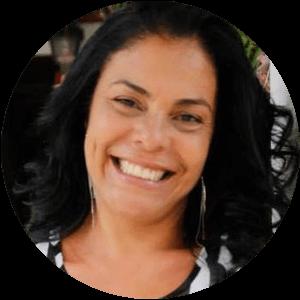 Elaine Leal Carvalho - Terapeuta e Consteladora Familiar
